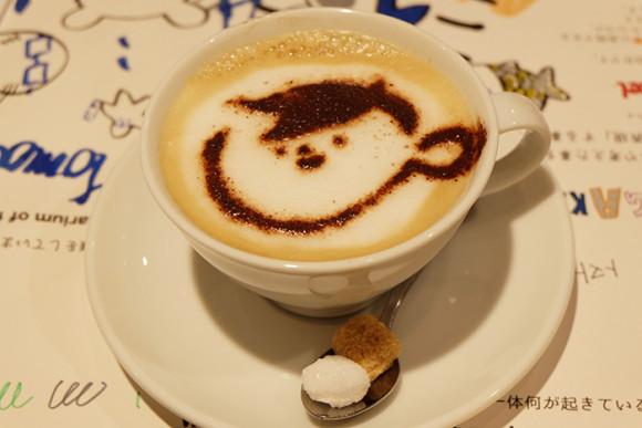 ぺんてる「GINZA RAKUGAKI Cafe & Bar by Pentel」ぺんてるラテ