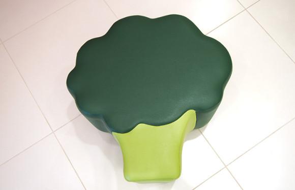 キューピー「マヨテラス」野菜の椅子ブロッコリー
