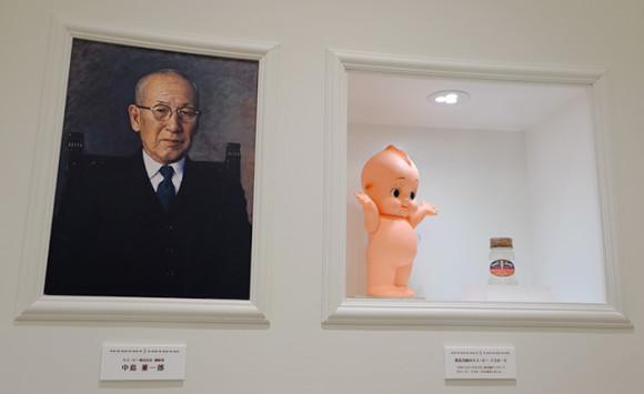キューピー「マヨテラス」中島董一郎&キューピー人形