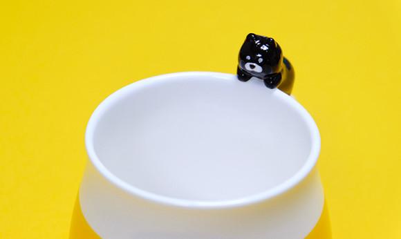 可愛い猫のマグカップ「デコレニャコット」黒猫