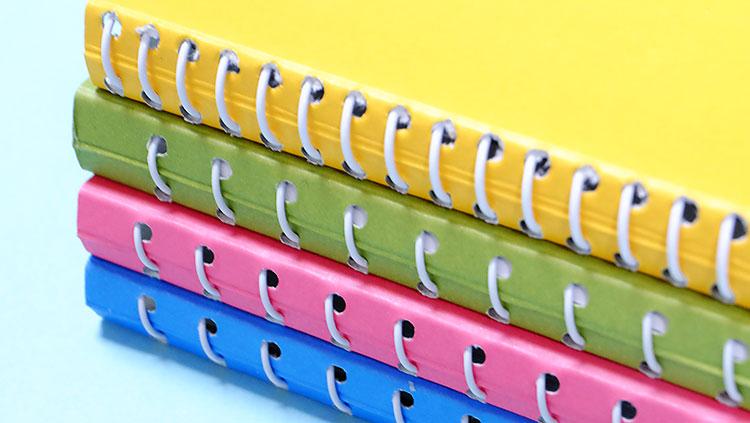 月光装のスケッチブックはカラフルな表紙が可愛い!