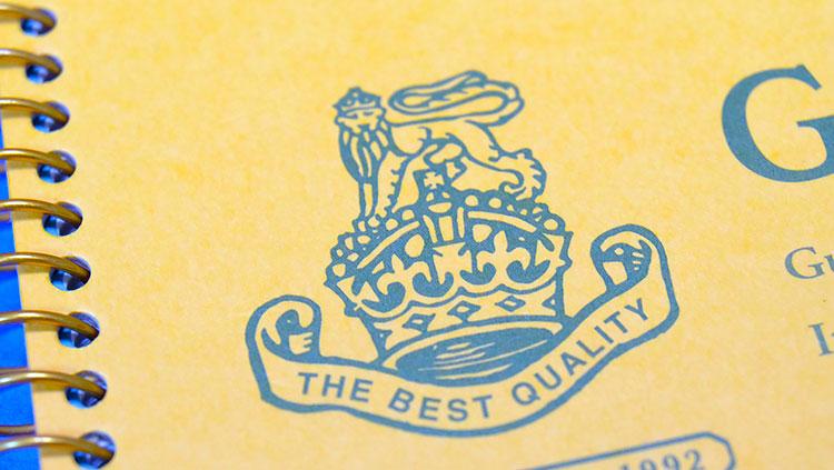 キョウトウノート「ロイヤルカレッジ・ギルフォード」ロゴが豪華