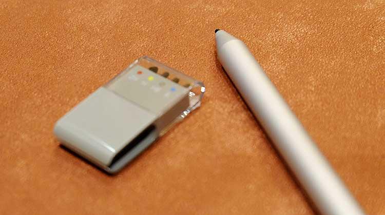 Surface Book ペンが変わった