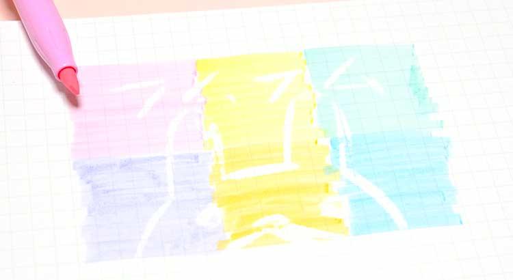 PILOTソフトカラーのフリクションライト蛍光ペン書いた後消せる