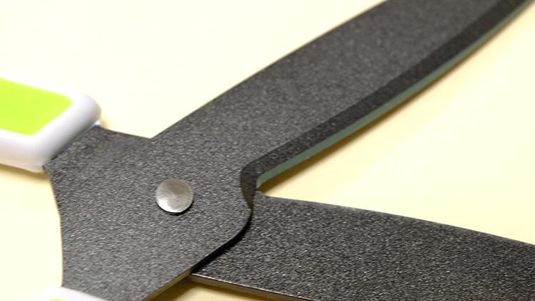 プラスの汚れ・サビに強いハサミ「フィットカットカーブ」フッ素コート
