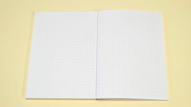Twitterで話題!おじいちゃんノートこと中村印刷所の「ナカプリバイン 水平開き A6 ノート手帖 100枚」